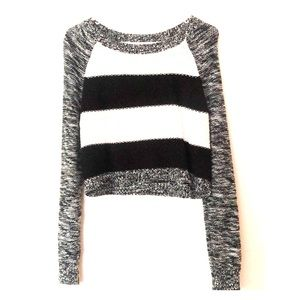Express crop sweater never been worn